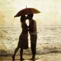 26122-couple-under-an-umbrella-at-the-beach-1920x1080-digital-art-wallpaper